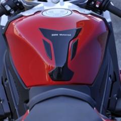 Foto 59 de 145 de la galería bmw-s1000rr-version-2012-siguendo-la-linea-marcada en Motorpasion Moto