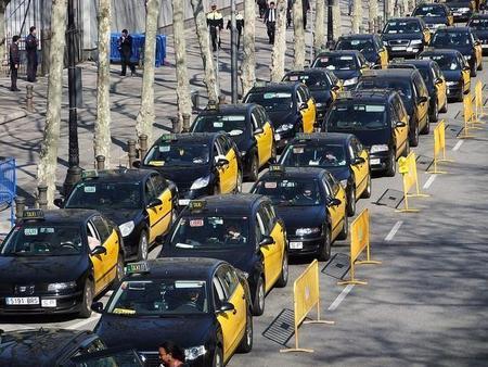 Los taxistas le ganan la guerra a Uber en Alemania