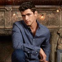 Sean O'Pry nos enseña sus prendas favoritas de H&M de este invierno