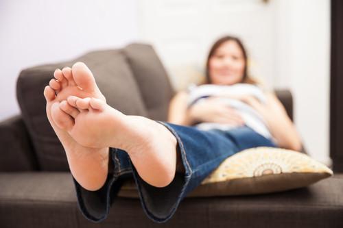 Una madre advierte sobre el raro síntoma que pudo poner en riesgo a su bebé