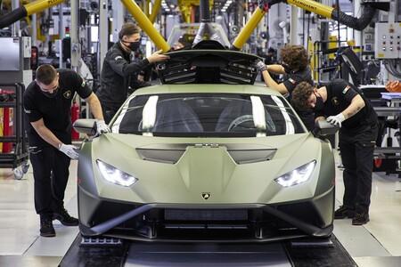 Lamborghini Electrificara Todos Sus Modelos En 2024 Lamborghini Fabrica