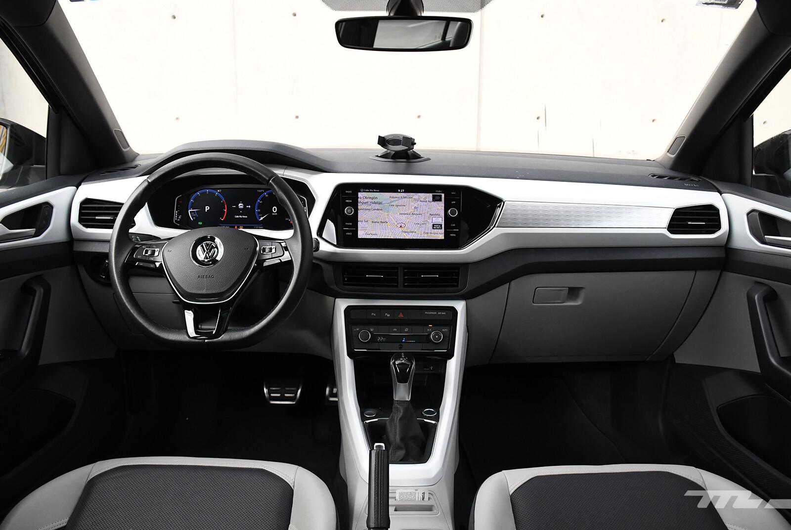 Foto de Chevrolet Tracker vs. Volkswagen T-Cross (comparativa) (23/29)