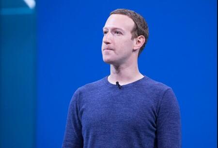 Facebook prepara una demanda contra Apple, según The Information: lo acusará de monopolio y de obligar a seguir sus reglas de la App Store