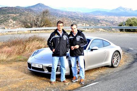 Carlos Sainz y Luis Moya ya entrenan a los mandos del nuevo Porsche 911