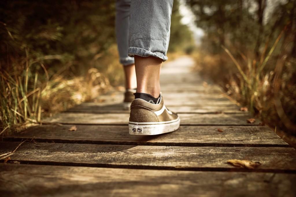 Caminar puede ser un buen entrenamiento: Algunas pautas a tener en cuenta para sacarle todo el partido