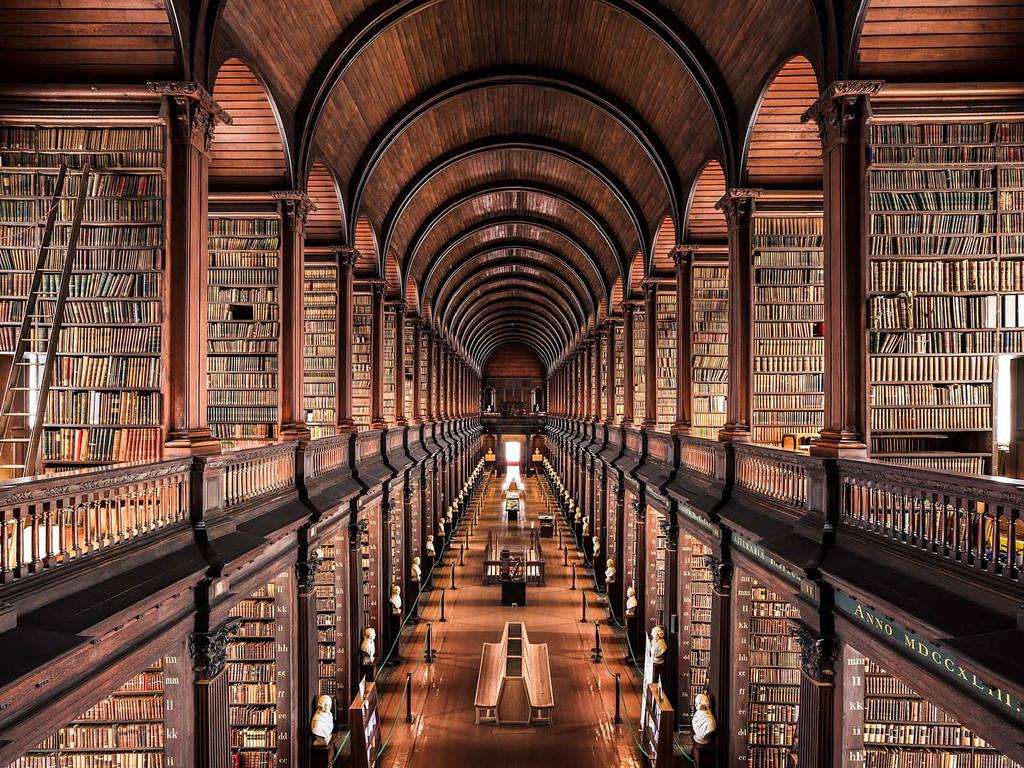 Trinity College Library, Dublin, 1732