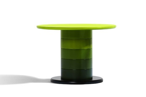 Foto de Babel, mesas columna de muchos colores (3/4)