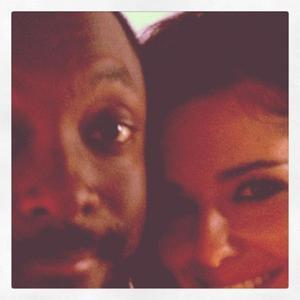 El susto del día: Cheryl y Will.I.Am se dan un piñazo con el coche