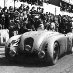 Foto 10 de 10 de la galería bugatti-veyron-legend-jean-pierre-wimille en Motorpasión