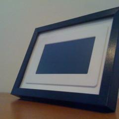 Foto 2 de 2 de la galería usar-un-ribba-para-enmarcar-un-marco-digital en Decoesfera