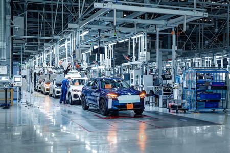 BMW iX3 fabricación preserie