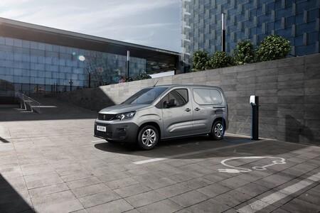 La Peugeot e-Partner se suma a la ofensiva de furgonetas eléctricas del león, con 275 km de autonomía