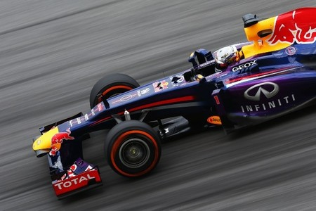 Sebastian Vettel repite pole pasada por agua en el Gran Premio Malasia