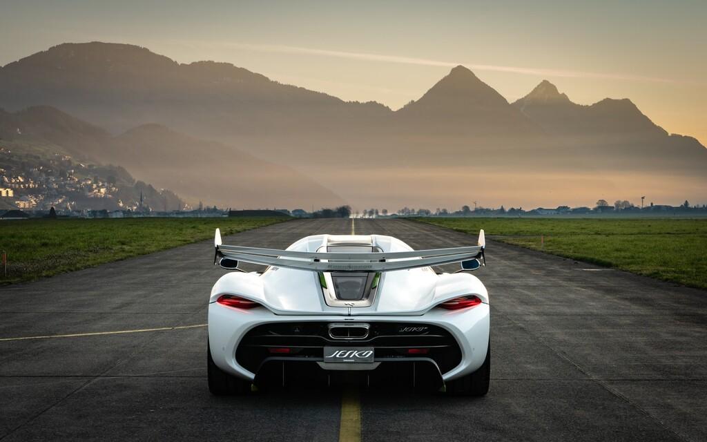 ¡Música para los oídos! Así rugen los 1,623 hp del Koenigsegg Jesko a fondo