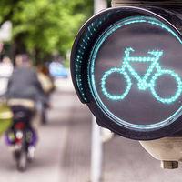 Las ayudas para la movilidad eléctrica que dará Madrid: de los 500 euros para comprar bicis a los 1.000 euros para carsharing