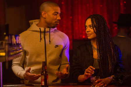 Michael B. Jordan y Tessa Thompson en Creed