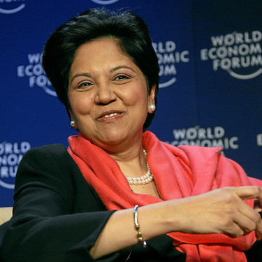 Indra Nooyi, la directora de PepsiCo que impulso productos más saludables