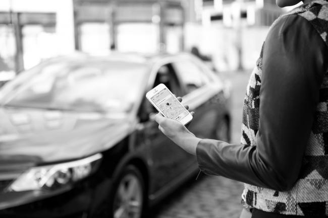 Uber mete presión en Madrid con la llegada de su servicio UberPOP