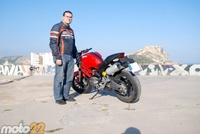 Ducati Monster 696, toma de contacto