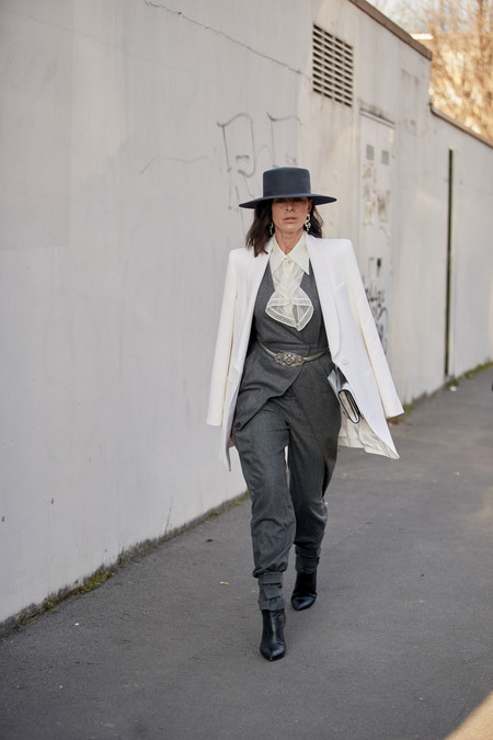 El sombrero de ala ancha es lo más y el street style nos