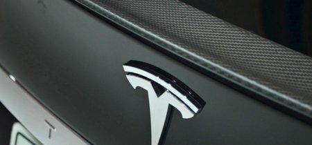 Tesla ahora es investigada por no haber informado del accidente fatal a sus inversores