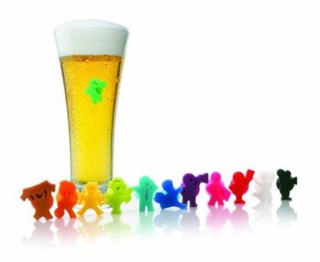 Muñecos futboleros, marca tu vaso de cerveza con ellos