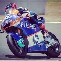 Augusto Fernández domina los entrenamientos libres de Moto2 en el circuito de Montmeló