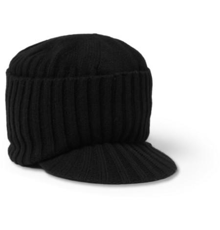 Como esta gorra de punto de lana de Paul Smith que a simple vista parece  muy apetecible para esos días en los que aprieta el frío de lo lindo c3a2d721211