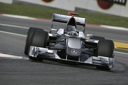Vuelven las Flechas de Plata: Daimler ya prepara el aspecto de los Mercedes GP