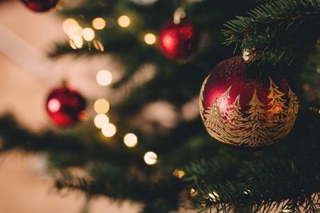 Seis consejos para que tu (intensa) vida social no te pase factura en Navidad