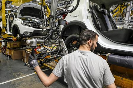 Tánger gana dos fábricas de automoción, y esto puede ser el primer aviso para las fábricas de coches de España y Europa