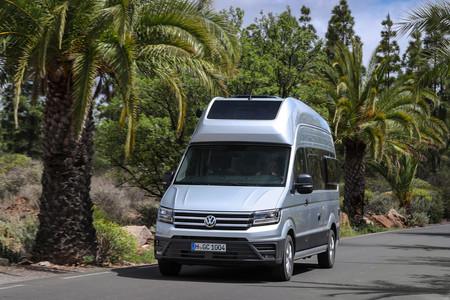 Probamos la Volkswagen Grand California: dos días viviendo en la furgoneta camper definitiva, más grande y con baño completo