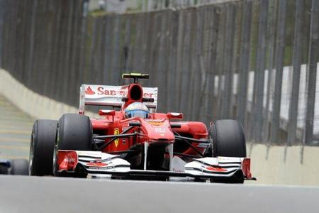 GP de Brasil de Fórmula 1. Fernando Alonso por detrás de sus rivales