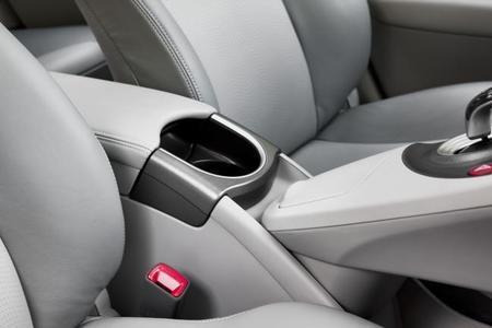 Cómo limpiar la tapicería de tu coche y dejarla reluciente con estos sencillos consejos