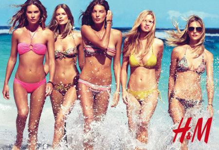 Todos los bañadores de H&M Primavera-Verano 2010: las mejores modelos con los bikinis de moda