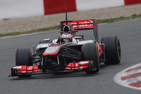 Jenson Button, el más rápido con clima cambiante