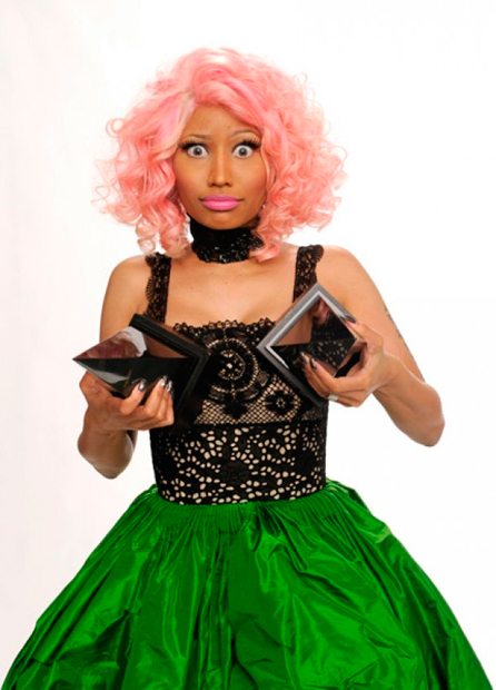 Nicki Minaj, ese nuevo juguete de David Guetta en 'Turn Me On'