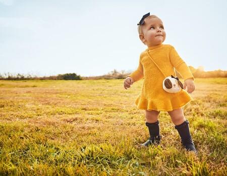 Cambio de armario infantil: ¿cómo elegir prendas que le acompañen todo el otoño?