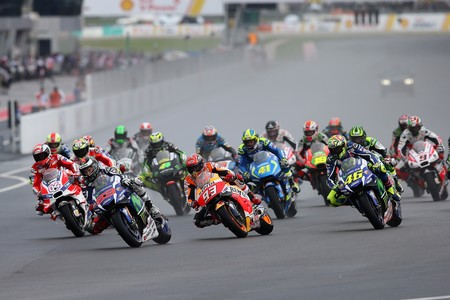 Gran Premio de Malasia; aficionados de palo y fantasmas de colores