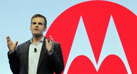 Renuncia el CEO de Motorola y se va a Dropbox
