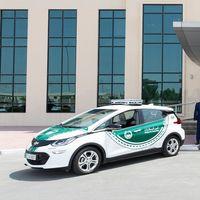 Ahora la policía de Dubai se pasa a los coches eléctricos con ocho Chevrolet Bolt EV