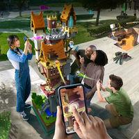 La gente ya ha empezado a crear cosas asombrosas en Minecraft Earth, y este piano gigante en medio de la calle es la prueba