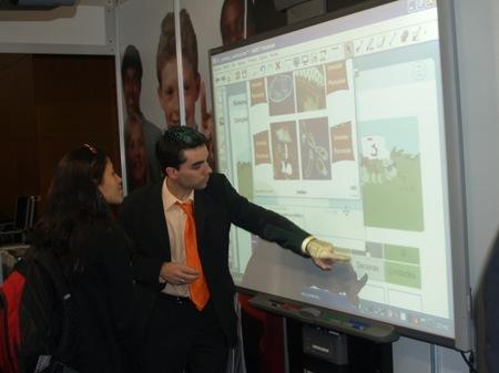 La comunidad ineveryCREA cierra el curso escolar 2011-2012 con la iniciativa #coleCREA en CosmoCaixa Madrid