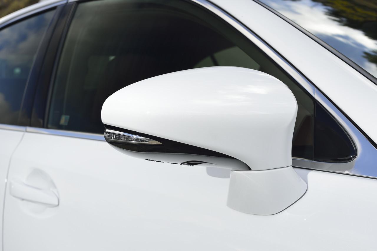 Foto de Lexus GS 300h (44/153)