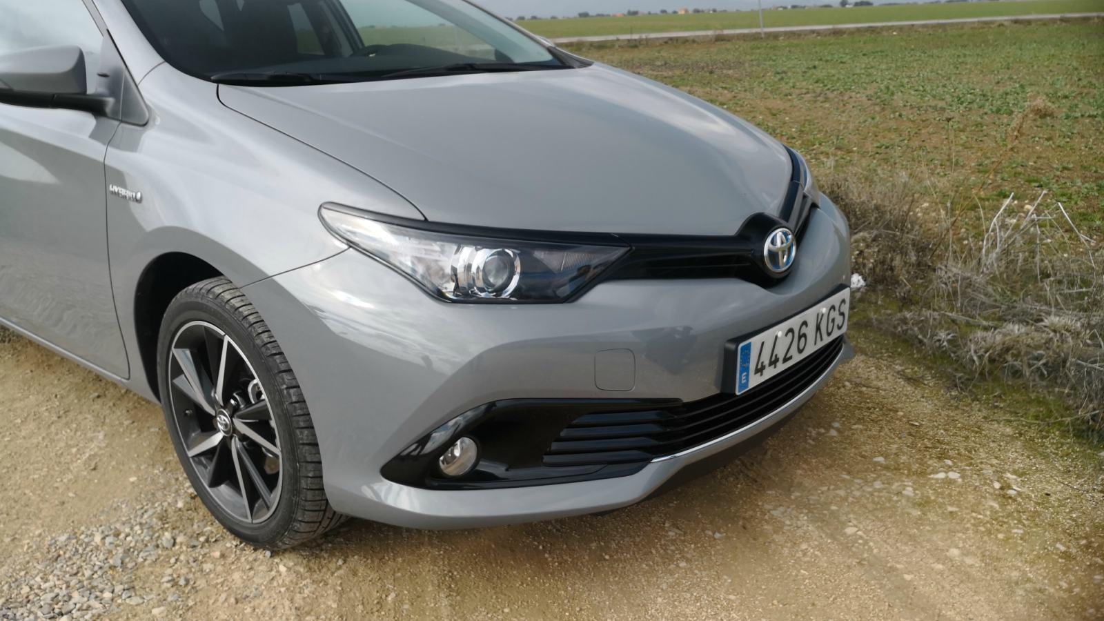 Foto de Toyota Auris hybrid Feel! Edition - Fotos exteriores (15/33)