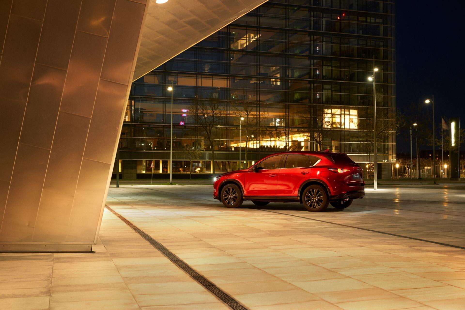 Foto de Mazda CX-5 2022 (17/29)
