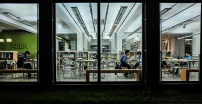 Las universidades públicas dominan en el ámbito de la investigación sobre las privadas