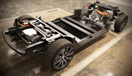 Karma estrena su tercera plataforma modular para pick-up y SUV eléctricos con hasta 800 km de autonomía