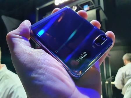 Samsung Galaxy Z Flip Primeras Impresiones Acabado Espejo Huellas