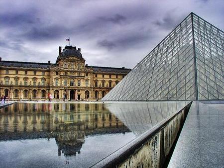 Celebraciones por los 20 años de la Pirámide del Louvre